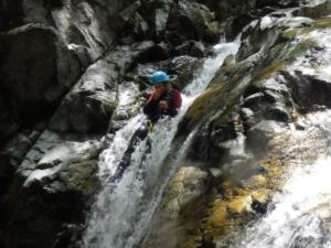 moniteur perfectionner canyoning Pyrénées