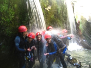 groupes scolaires enfants adolescents canyoning